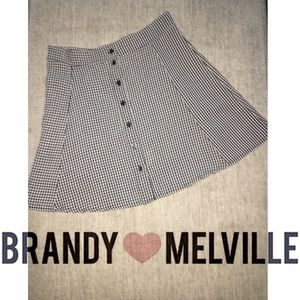 NWOT Brandy Melville houndstooth button up skirt